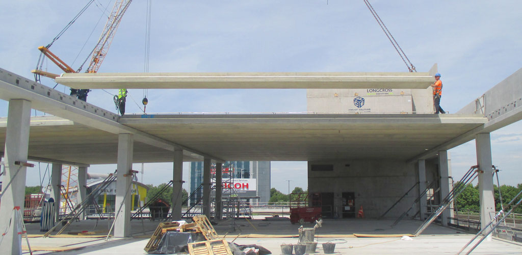 GT Slabs - precast concrete building for car dealership