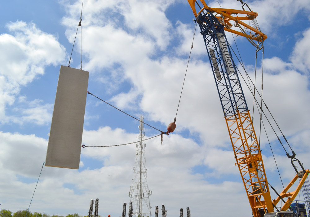 Turning of precast concrete units onsite by PCE