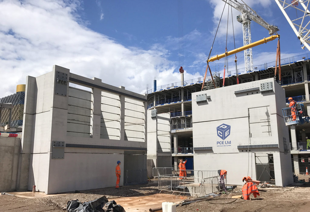 PCE erecting their PreFastCore units at Paradise in Birmingham