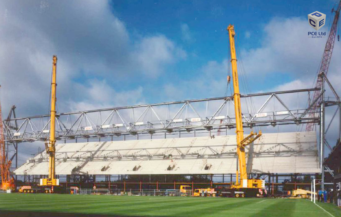 Leicester City Carling stand by PCE - week 6