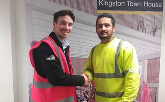 PCEs G Singh receives his safety award