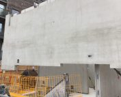 A composite concrete:steel support for the Hollowcore units